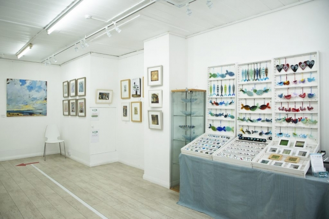 Fishslab Gallery Whitstable Exhibition Bruce Williams Annie Taylor Alma Caira