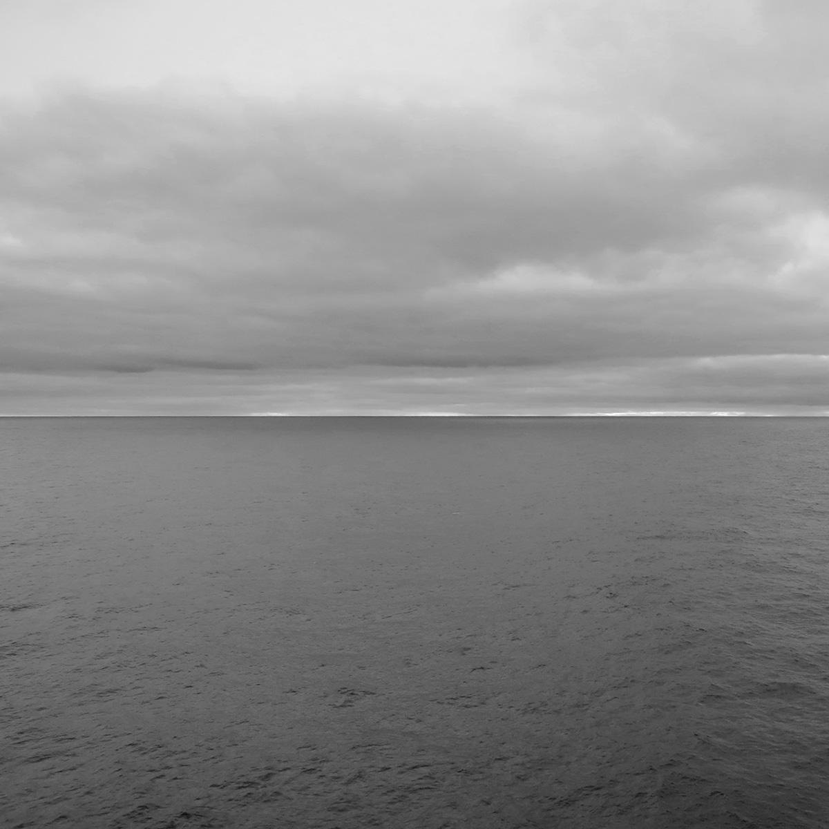 'OCEAN PHOTOGRAPHS' Sean Queenan